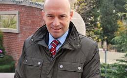 Xavier Amat: Alumni facilita formación permanente y una vinculación muy buena con la universidad